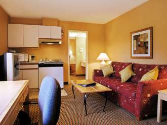 accent inns kamloops 1 bedroom suite